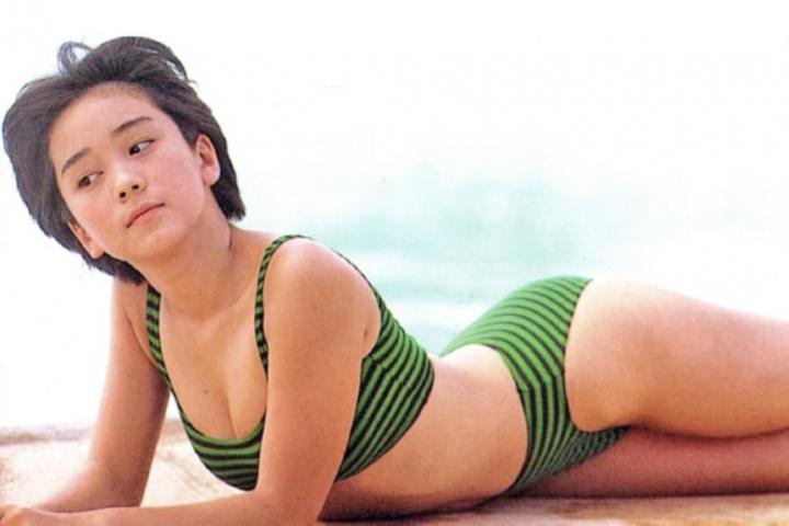Hikaru Nishida swimsuit bikini gravure 1988 debut037