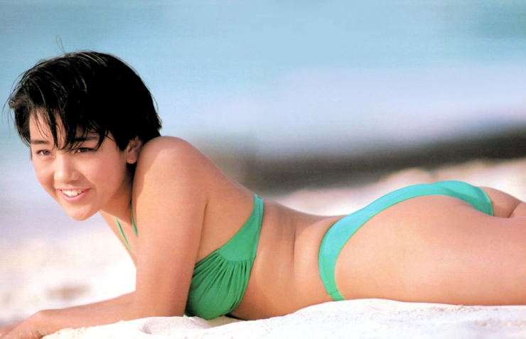 Hikaru Nishida swimsuit bikini gravure 1988 debut040