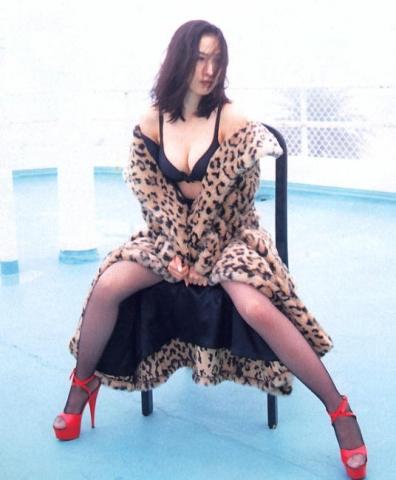 Moriguchi Hiroko swimsuit bikini gravure 1985 debut012