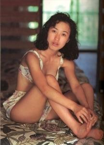 Moriguchi Hiroko swimsuit bikini gravure 1985 debut028