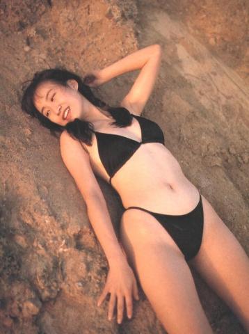 Moriguchi Hiroko swimsuit bikini gravure 1985 debut031