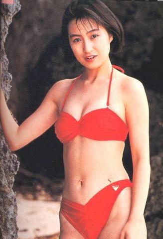 Moriguchi Hiroko swimsuit bikini gravure 1985 debut048