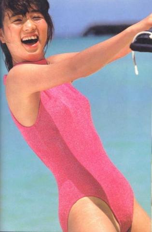 Yoko Ishino swimsuit bikini gravure 1985 debut012