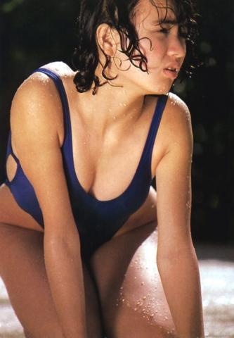 Yoko Ishino swimsuit bikini gravure 1985 debut018