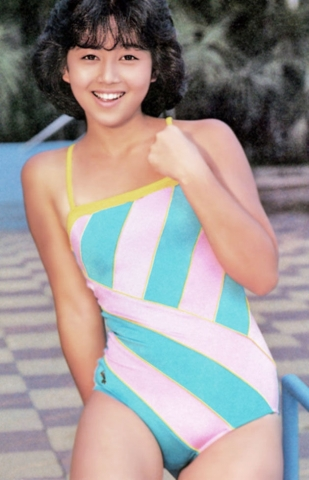 Yui Asaka swimsuit bikini gravure 1985 debut002
