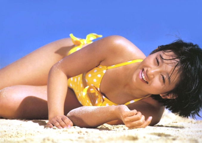 Yui Asaka swimsuit bikini gravure 1985 debut004