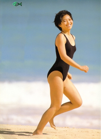 Yui Asaka swimsuit bikini gravure 1985 debut014