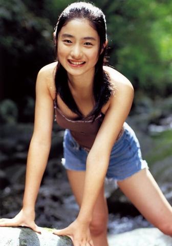 Satomi Ishihara swimsuit bikini gravure007
