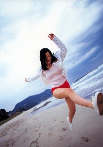Satomi Ishihara swimsuit bikini gravure019