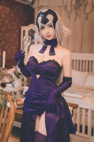Jeanne dArc Orta Yideli Dress017
