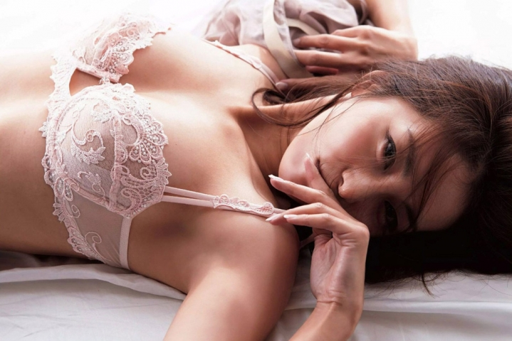 Asami Kumakiri Swimsuit underwear gravure Perfect hip of 40 years old020