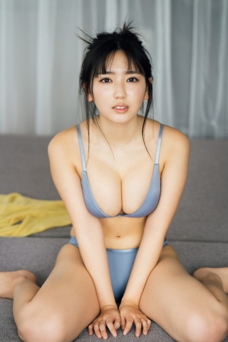 Swimsuit gravure Aika Sawaguchi, the gravure queen of 2042 whose starting line was a big hit007