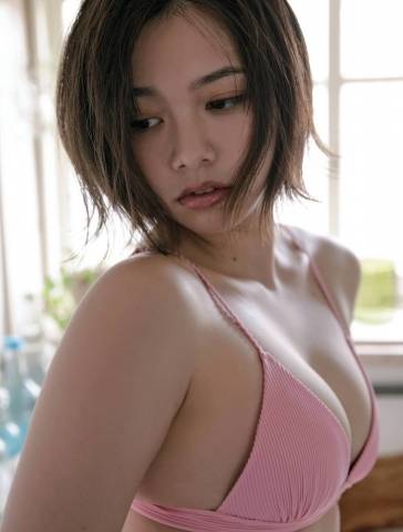 Ayuna Nitta A super close smile for both mind and body008