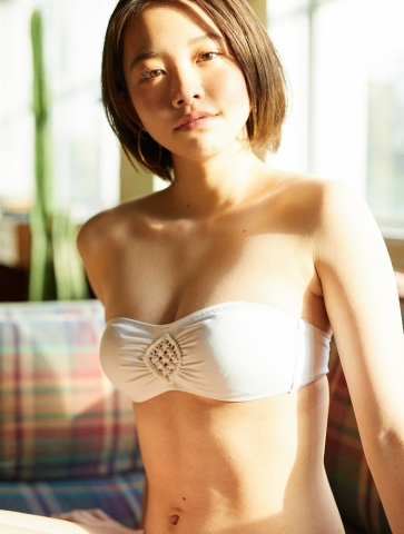Ayuna Nitta A super close smile for both mind and body012
