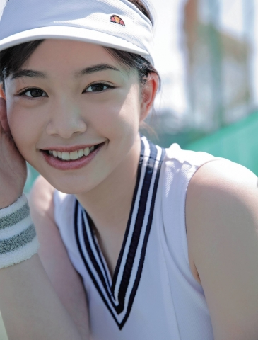 Ayuna Nitta A super close smile for both mind and body023