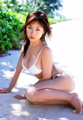 New Icup in swimsuit gravure by Mai Nishida045