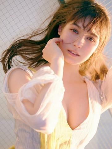 Naomi Trauden underwear gravure  Fascinating unguarded shots013