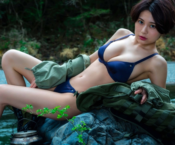 RaMu Witness her struggle in her swimsuit to survive on a deserted island008