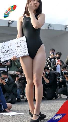 Mia Nakamine High Legged Swimsuit Image Black Photo Session009