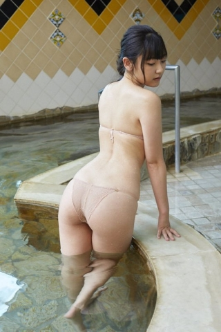 Momoka Hayashida, the highlegged super rookieis here013