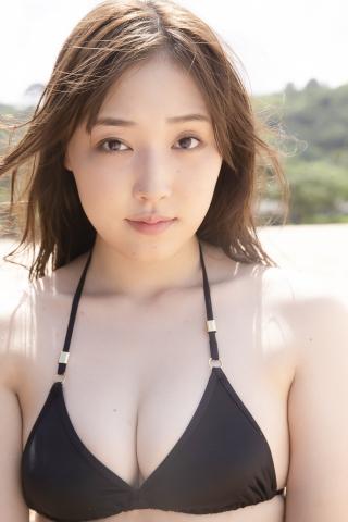 Sei Fukumura Black Swimsuit Bikini Sexy on the Beach019