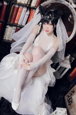 skirt dress breast glimpse Atago Azur Lane006