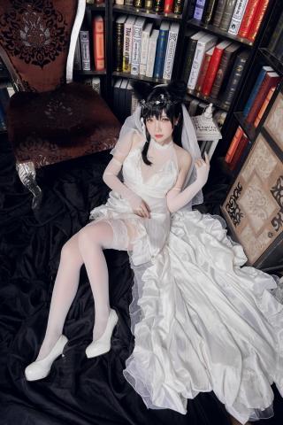 skirt dress breast glimpse Atago Azur Lane007