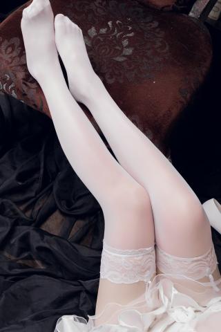 skirt dress breast glimpse Atago Azur Lane016