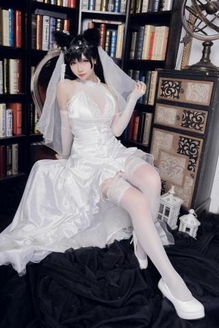 skirt dress breast glimpse Atago Azur Lane017