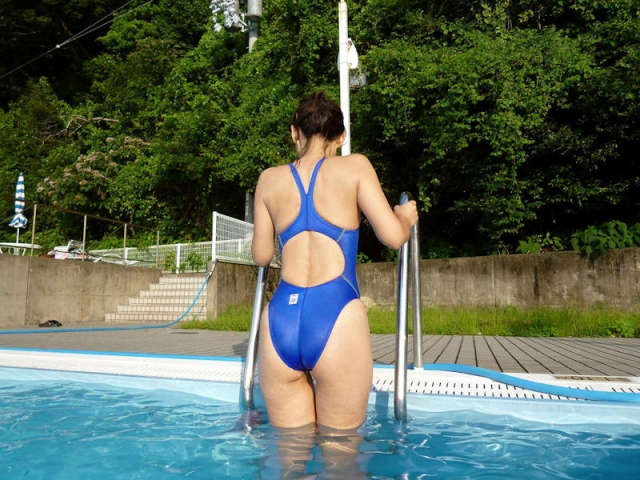 Various swimming 005