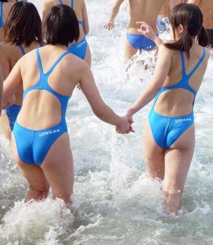 Various swimming 012
