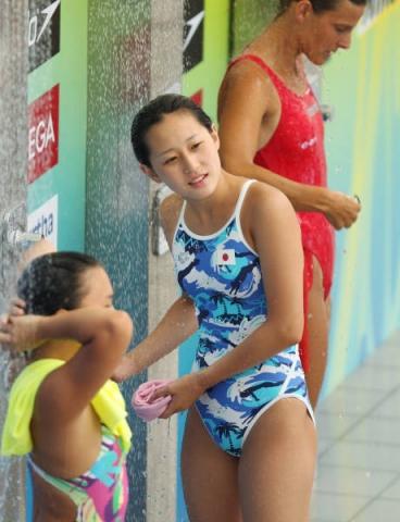 Various swimming 047