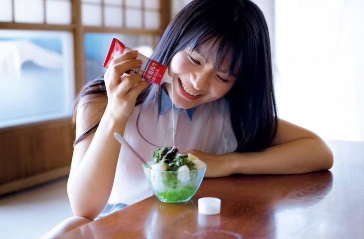 Mitsunori HoshinaCute expression and round H cup bust gravure idol002