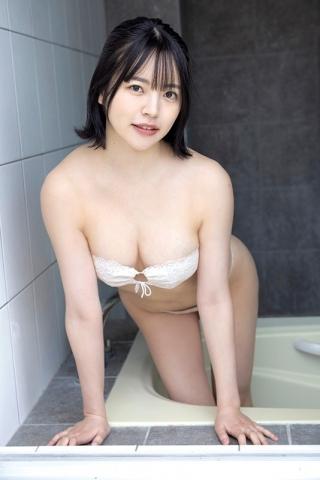 Hotaru Komori swimsuit gravure Healthy bare skin and ample bust002
