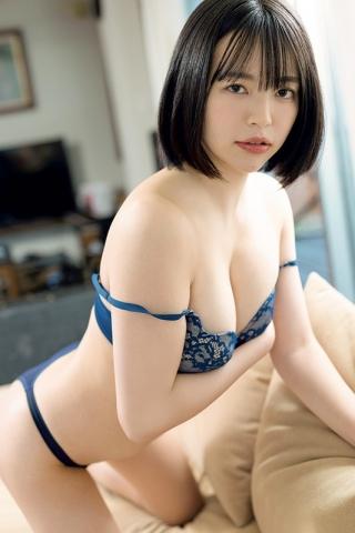 Hotaru Komori swimsuit gravure Healthy bare skin and ample bust003