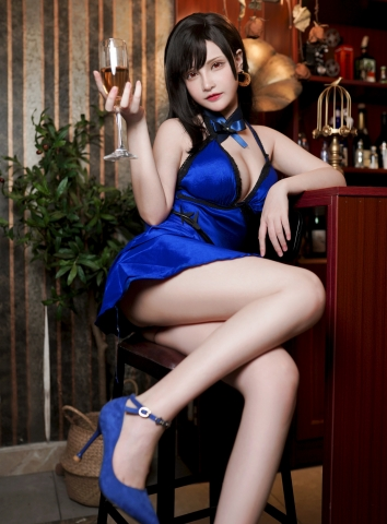 Tifa Lockhart Dress Version Cosplay002
