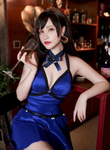 Tifa Lockhart Dress Version Cosplay020