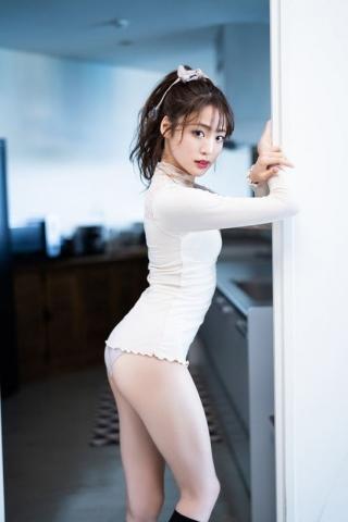 Tomomi Shida shows off her beautiful legsbeautifulbuttocksand beautiful body without any hesitation007
