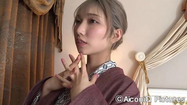 Take a look at Mea Shimotsukis superbly polished slender body019