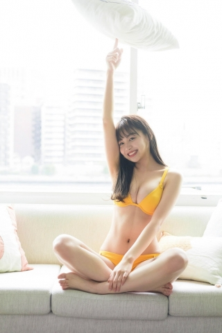 Haruna Yoshizawa Fresh Power in the Gravure World035