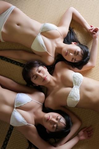 Aika Sawaguchi Luna Toyoda Haruka Arai Bouncy Bikini010