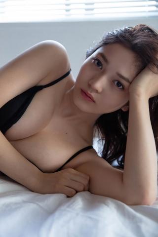 Nanako Kurosaki Black Swimsuit Bikini010