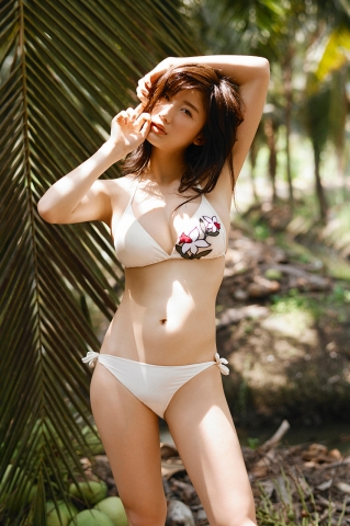 Yuka Ogura Swimsuit Gravure For Adults Vol1004