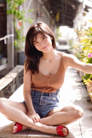 Yuka Ogura Swimsuit Gravure For Adults Vol1033