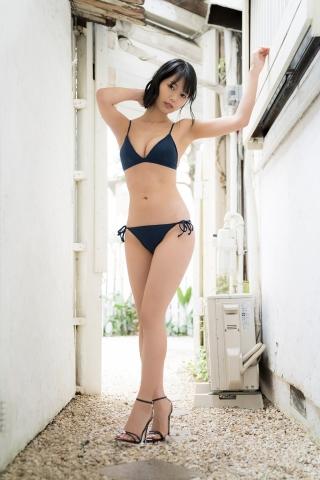 Natsume Aya swimsuit gravure009