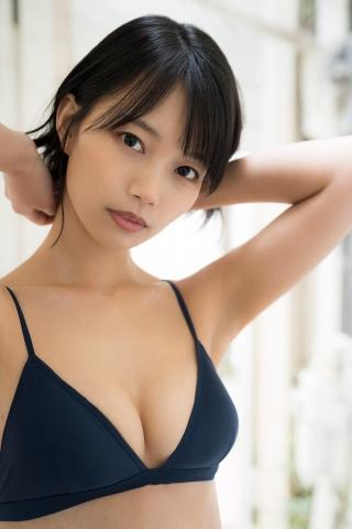Natsume Aya swimsuit gravure010