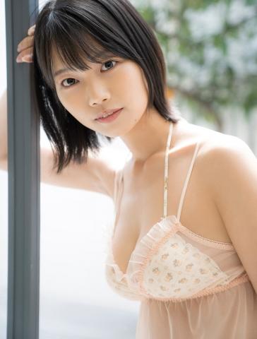 Natsume Aya swimsuit gravure011