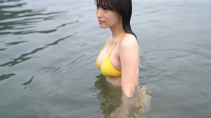 Temperature of Water Rei Kaminishi053