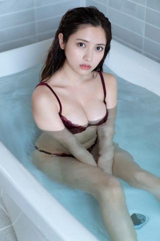 Nashiko Momotsuki, colorful and cute bikini010