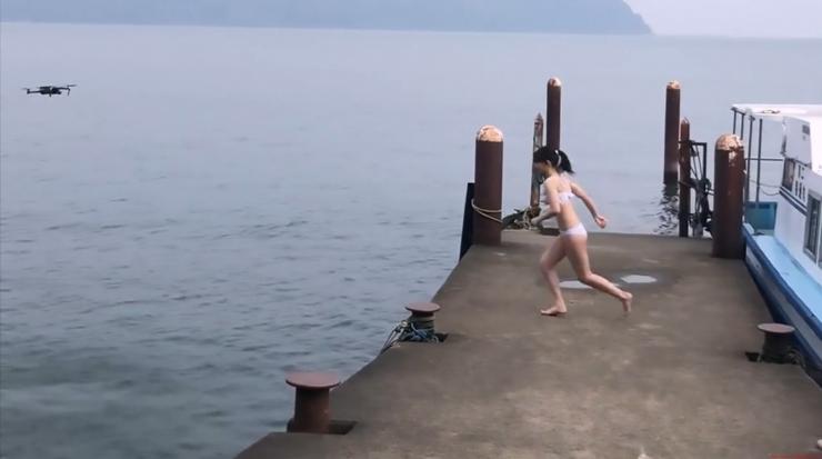 Rei Kaminishi Swimsuit Gravure Making of Water Temperature Vol2050